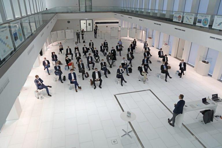 31 điều hành cấp cao của Volkswagen trong phiên Đồng hợp tháng 4 năm 2020