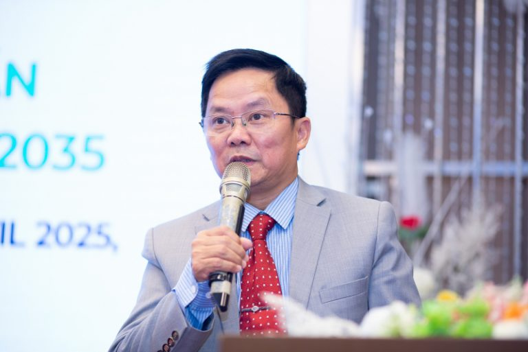 Ông Nguyễn Văn Khoa, Chủ tịch HĐQT, phát biểu trong buổi lễ công bố chiến lược