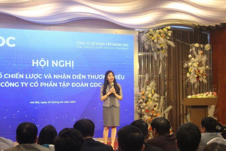 TS. Dương Thị Thu, Viện trưởng Sleader, phát biểu tại buổi lễ công bố Chiến lược phát triển Tập đoàn GDC