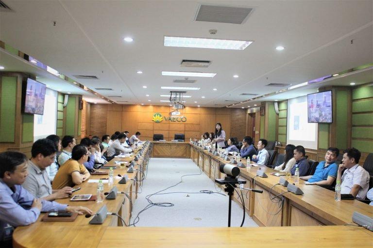 TS. Dương Thị Thu phát biểu trong buổi lễ khởi động dự án với VAECO