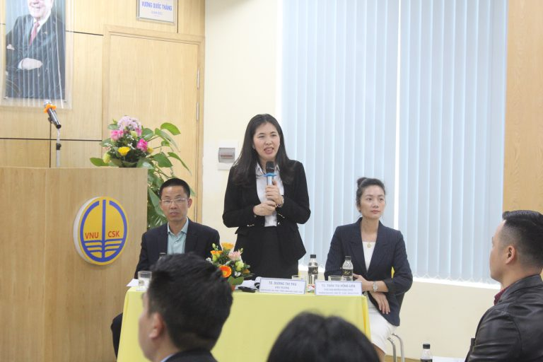 """TS. Dương Thu trình bày chuyên đề """"Xây dựng chiến lược bằng mô hình, công cụ quản lý của Malik"""""""
