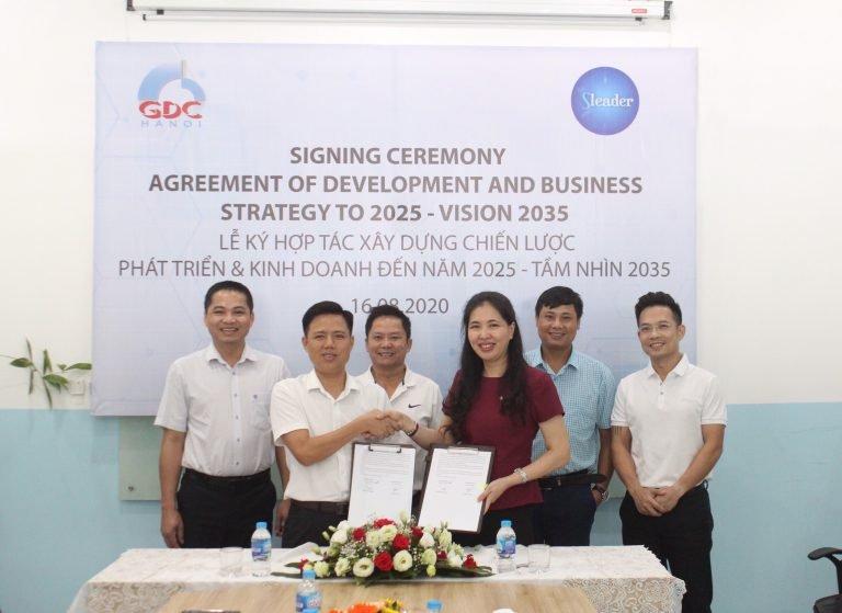 Buổi lễ ký kết xây dựng chiến lược giữaCông ty Cổ phần Đầu tư Xây dựng GDC Hà Nội(GDC Hà Nội) vàViện Lãnh đạo Chiến lược (Sleader).